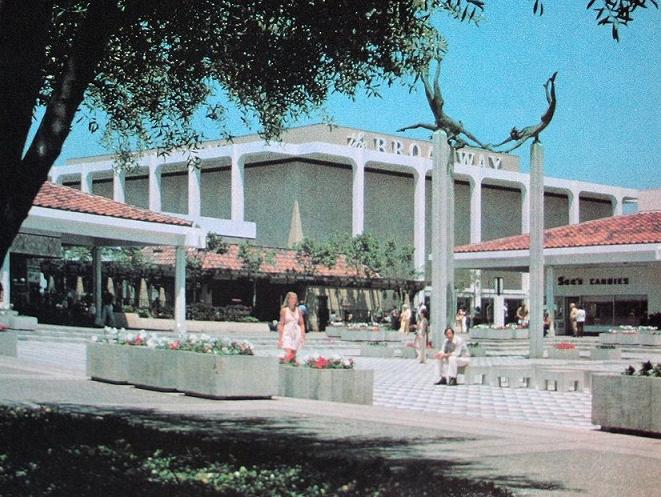 Fashion Island - a bevy of shops and clothing stores. | Newport
